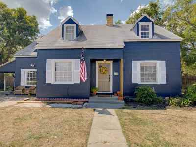 Burnet Single Family Home For Sale: 706 S Main