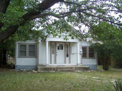 Single Family Home Sold: 1513 Main St