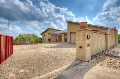 Kerrville Single Family Home For Sale: 2136 Vista Ridge Dr
