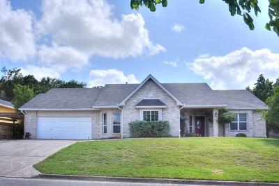 Kerrville Single Family Home For Sale: 1837 Foothills Dr
