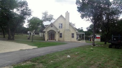 Boerne Single Family Home For Sale: 300 Saddle Mountain Trail