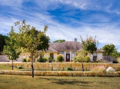 Kerrville Single Family Home For Sale: 103 Turnberry Circle