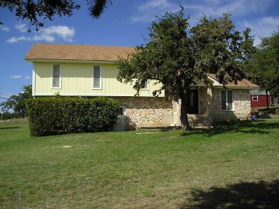 Kerrville Single Family Home For Sale: 108 Cherry Ridge