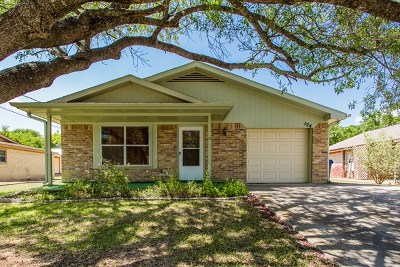Kerrville Single Family Home For Sale: 124 Stephanie Dr