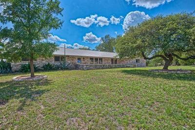 Kerrville Single Family Home For Sale: 27 Pleasant View