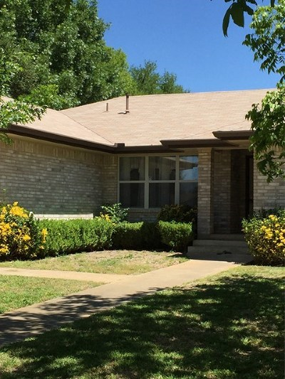 Single Family Home For Sale: 406 Nimitz Dr