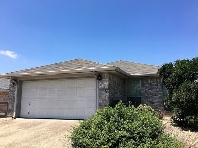 Kerrville Single Family Home For Sale: 118 Mesa Del Sol