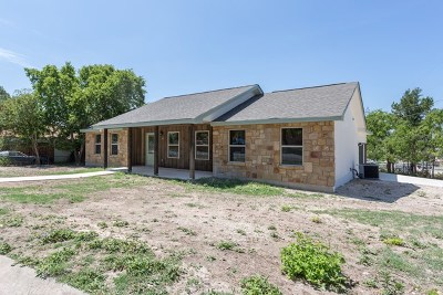 Kerrville Single Family Home For Sale: 501 Antler Dr