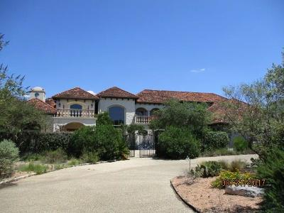 Kerrville Single Family Home For Sale: 2121 Landmark Road