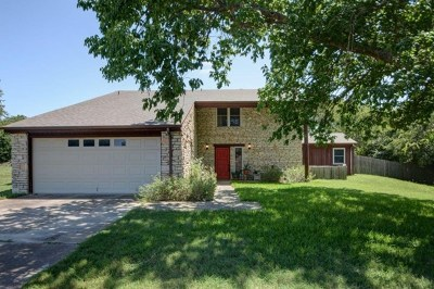 Kerrville Single Family Home For Sale: 144 Oak Ridge Dr