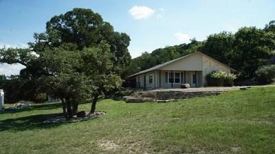 Kerrville Single Family Home For Sale: 120 Valle Vista Dr