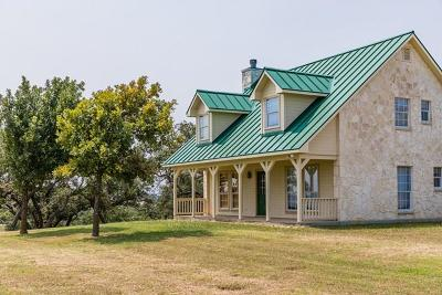Kerrville Single Family Home For Sale: 150 Creekwood Rd