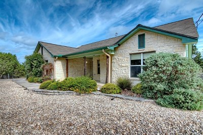 Kerrville Single Family Home For Sale: 402 Sumack Dr W