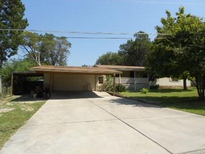 Ingram Single Family Home For Sale: 109 Acorn