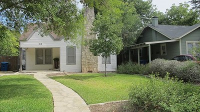 Kerrville Single Family Home For Sale: 219 Travis St