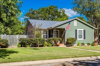 Kerrville Single Family Home For Sale: 600 Florence St