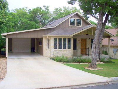 Kerrville Single Family Home For Sale: 611 Tanglewood Lane