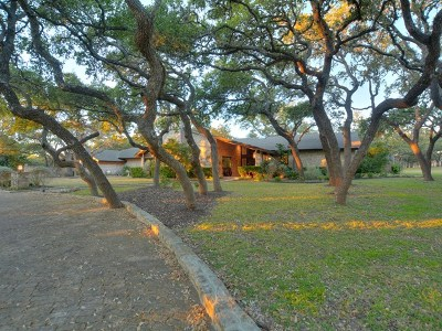 Boerne Single Family Home For Sale: 12 Chaparral Dr