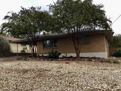 Kerrville Single Family Home For Sale: 1203 Lytle St