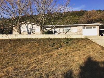 Kerrville Single Family Home For Sale: 1388 Harper Rd