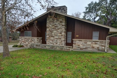 Kerrville Single Family Home For Sale: 108 Bailey Jo