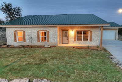 Gillespie County, Kerr County, Kimble County, Bandera County, Real County, Edwards County, Mason County, Uvalde County, Medina County, Kendall County Single Family Home For Sale: 130 Misty Ln