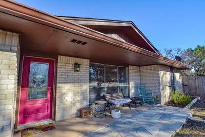 Kerrville Single Family Home For Sale: 125 Wild Timber Dr