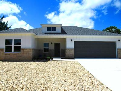Kerrville Single Family Home For Sale: 403 Sumack Dr W