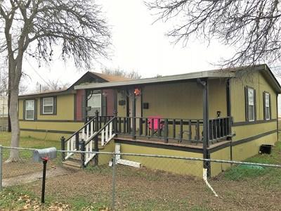 Kerrville Single Family Home For Sale: 116 Sunny Lane