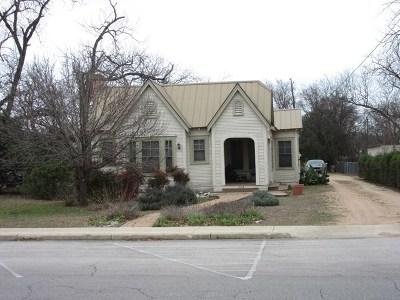 Kerrville Single Family Home For Sale: 908 Jefferson St