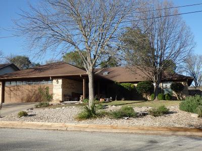 Kerrville Single Family Home For Sale: 1604 Susan Dr