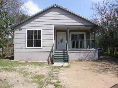 Kerrville Single Family Home For Sale: 114 Upper St