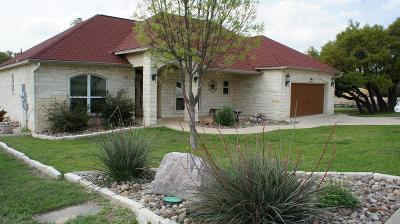 Kerrville Single Family Home For Sale: 2107 Athens Ave