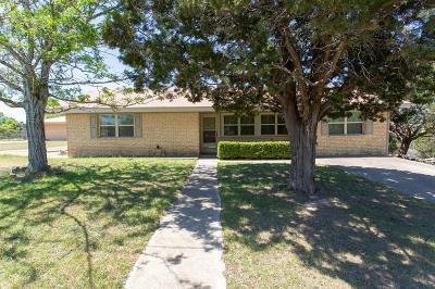 Kerrville Single Family Home For Sale: 121 Heidi Lane