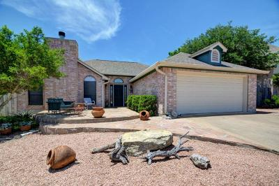 Kerrville Single Family Home For Sale: 3212 Lammers St
