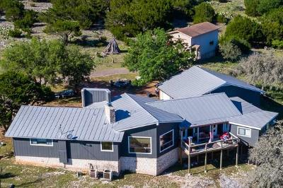 Kerrville Single Family Home For Sale: 862 Indian Creek Loop
