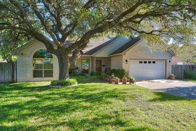 Kerrville Single Family Home For Sale: 120 Cedar Way