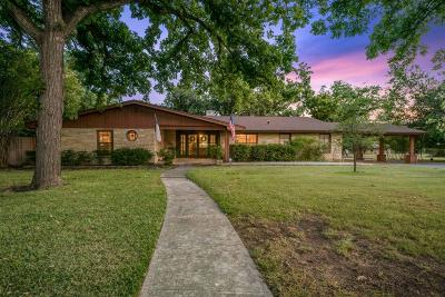 Kerrville Single Family Home For Sale: 1221 Jack Dr