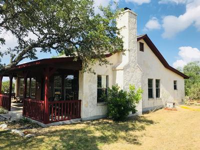 Mountain Home TX Single Family Home For Sale: $259,999