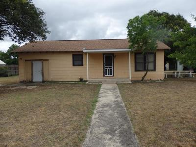 Kerrville Single Family Home For Sale: 506 Guadalupe St
