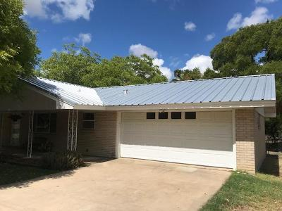 Kerrville Single Family Home For Sale: 1013 Donna Kay Dr