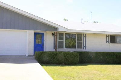 Kerrville Single Family Home For Sale: 1201 Lytle St
