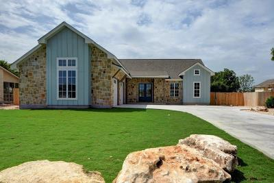 Kerrville Single Family Home For Sale: 1916 Summit Top Dr