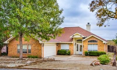 Kerrville Single Family Home For Sale: 659 Oak Valley Dr