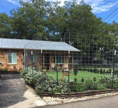 Kerrville Single Family Home For Sale: 158 Travis St