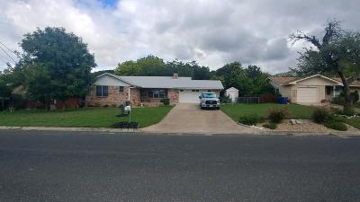 Kerrville Single Family Home For Sale: 1108 Barbara Ann