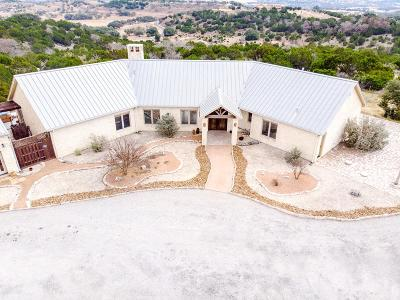 Kerrville Single Family Home For Sale: 169 Silver Hills Rd