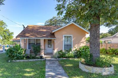Kerrville Single Family Home For Sale: 301 Hugo St