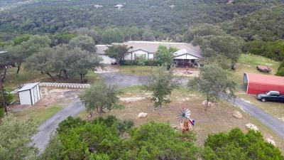 Pipe Creek TX Single Family Home For Sale: $252,500