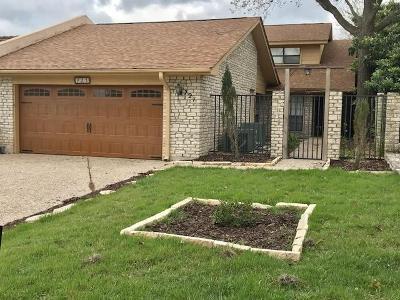 Kerrville Single Family Home For Sale: 721 Oakland Hills Lane
